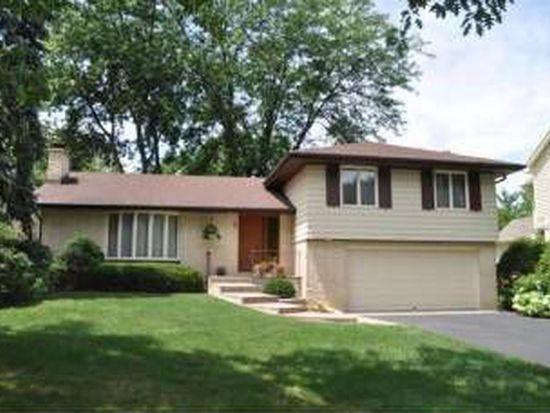 186 Grandview Ave, Glen Ellyn, IL 60137