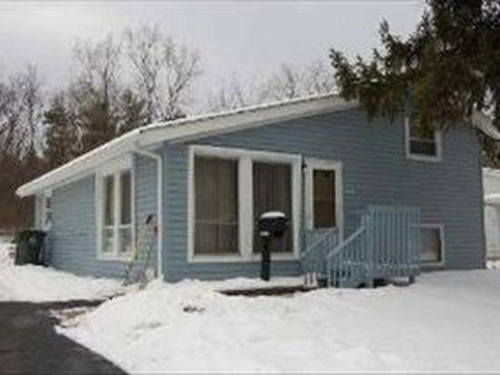 309 Delaware St, Carpentersville, IL 60110