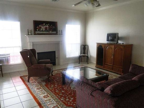 2010 Rosewood St, Beaumont, TX 77713