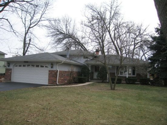 209 55th St, Downers Grove, IL 60515