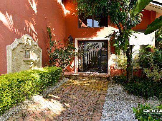 1517 Mendavia Ave, Coral Gables, FL 33146