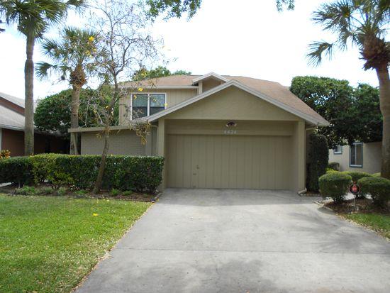 4424 Golf Club Ln, Tampa, FL 33624