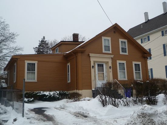 145 New Boston Rd, Fall River, MA 02720