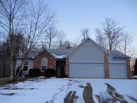 412 Woodland Trail Dr, Indianapolis, IN 46239