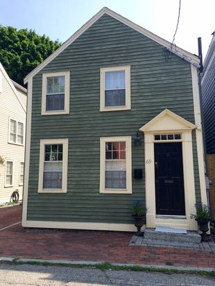 69 Middle St, Newburyport, MA 01950