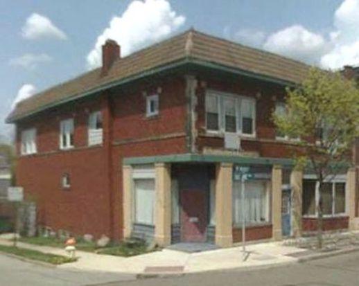 976 N Main St, Akron, OH 44310