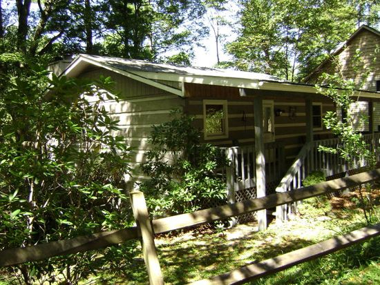 166 Old Hickory Ln, Blowing Rock, NC 28605