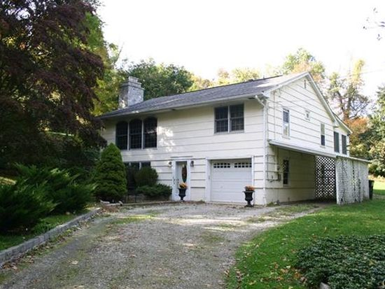 42 Donnelly Dr, Ridgefield, CT 06877