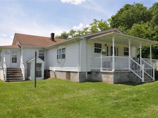310 E Parrish St, Covington, VA 24426