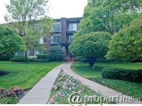 1230 N Western Ave APT 312, Lake Forest, IL 60045