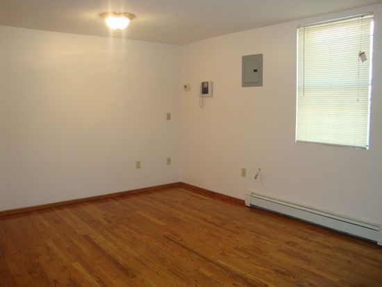 1649 Park Ave APT 2, New York, NY 10035