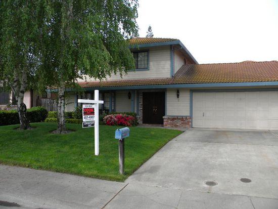 2 Princeville Cir, Sacramento, CA 95831