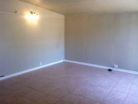 2824 65th St, Lubbock, TX 79413