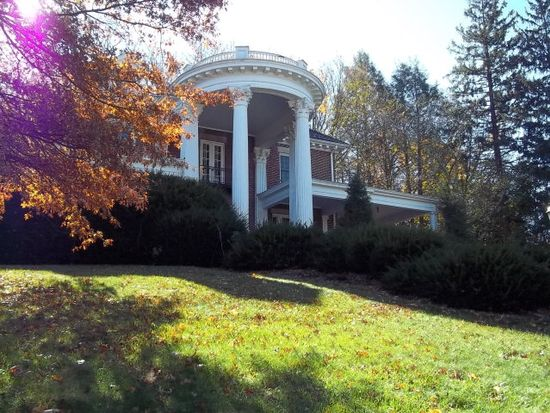 109 Spring Grove Ave, Bluefield, WV 24701