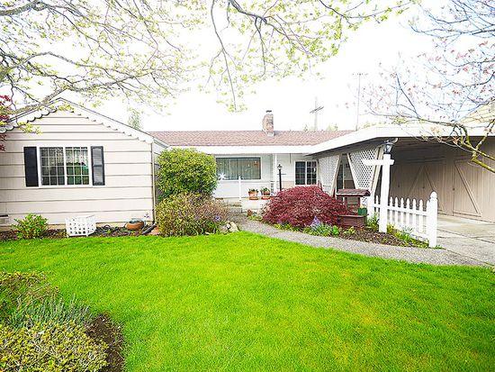 13505 16th Ave NE, Seattle, WA 98125