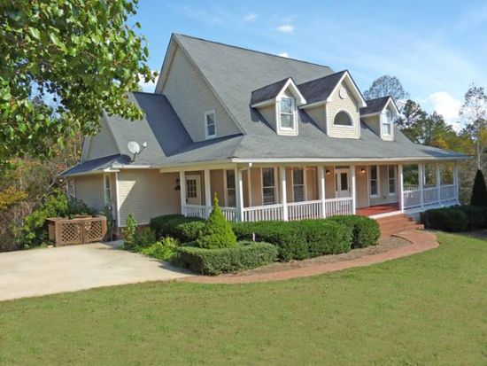3401 Country Ln, Gainesville, GA 30506