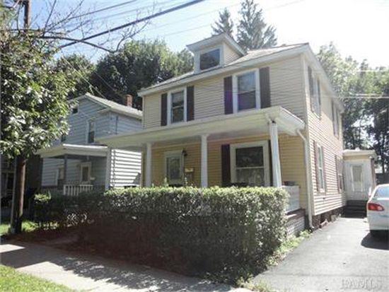 454 Maple St, Poughkeepsie, NY 12601