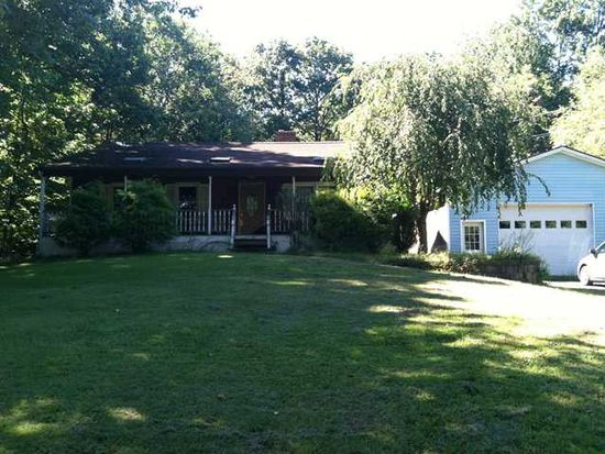114 Valley View Dr, Newburgh, NY 12550