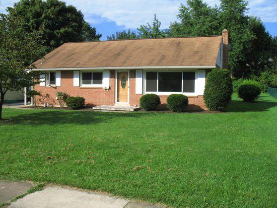 326 N Mount Joy St, Elizabethtown, PA 17022