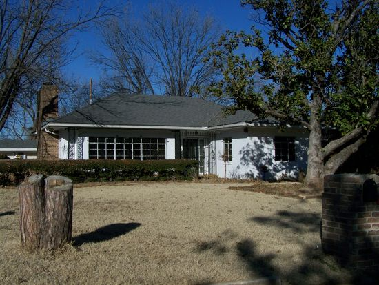 105 Kendall Dr, Pauls Valley, OK 73075