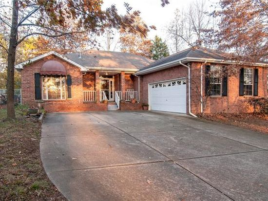 4914 Salem Dr, Nashville, TN 37211