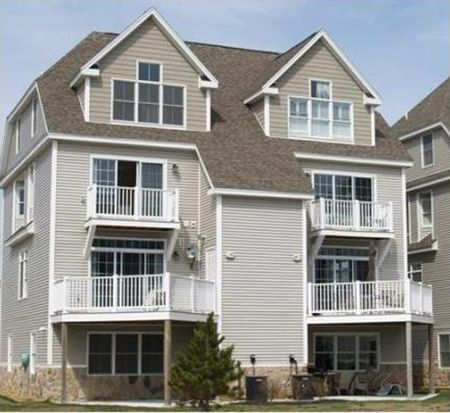 11 Duston Ave # 11, Hampton, NH 03842