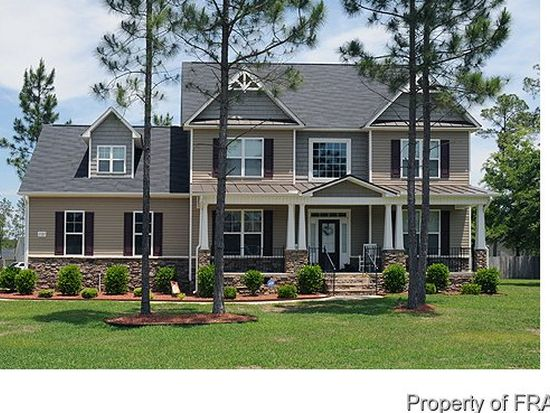 1721 Real Quiet Pl, Hope Mills, NC 28348
