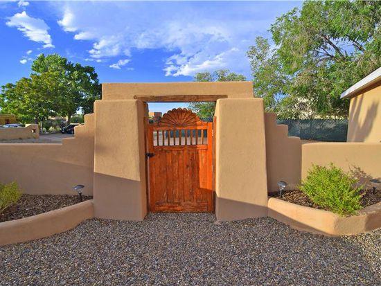 5806 Jones Pl NW, Albuquerque, NM 87120