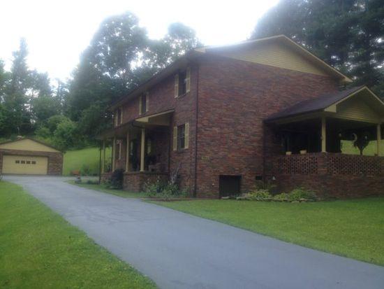 6136 Legends Hwy, Oak Hill, WV 25901
