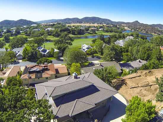 55 Upper Lake Rd, Lake Sherwood, CA 91361