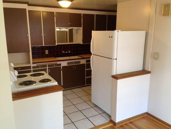 419 NE 43rd St, Seattle, WA 98105