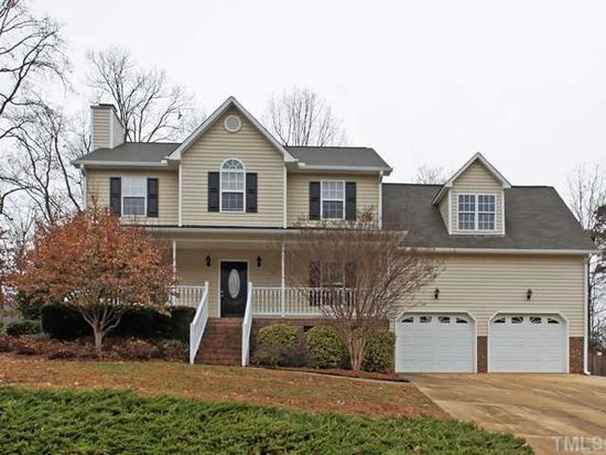8417 Fawncrest Dr, Raleigh, NC 27603