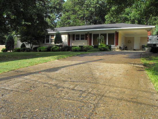451 Circle Dr, Huntingdon, TN 38344