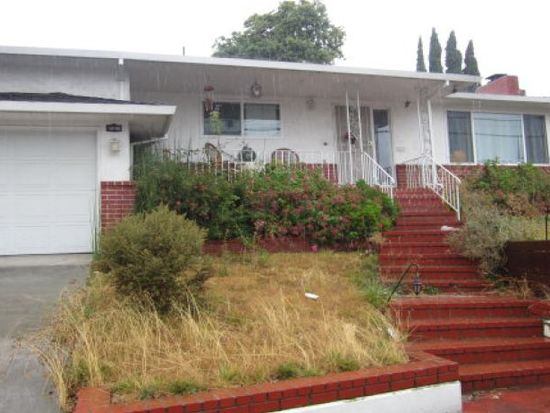 19705 Lake Chabot Rd, Castro Valley, CA 94546