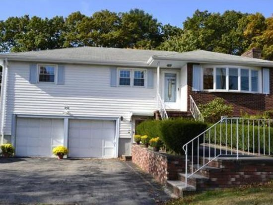 252 Haverhill St, Reading, MA 01867