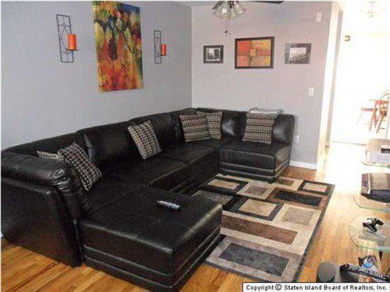 564 Riga St, Staten Island, NY 10306
