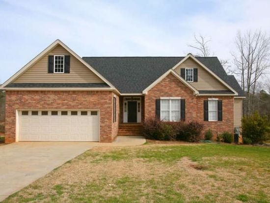 20 Estates Dr, Edgefield, SC 29824