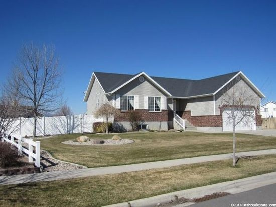 3075 Maple Valley Rd, Nibley, UT 84321