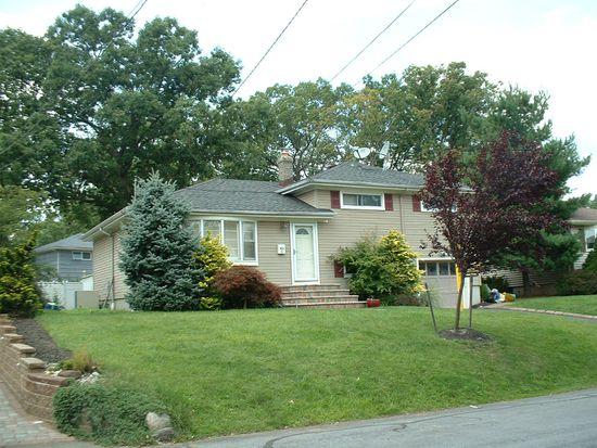 61 Oakwood Ct, Fanwood, NJ 07023