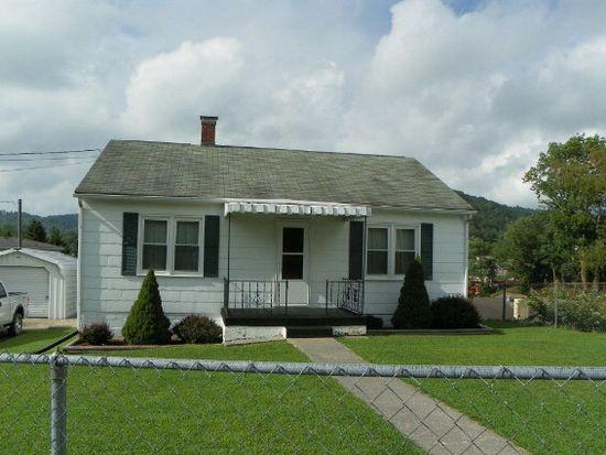 196 Perdue St, Bluefield, WV 24701