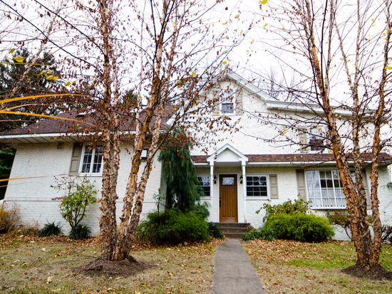 627 Schwenksville Rd, Schwenksville, PA 19473