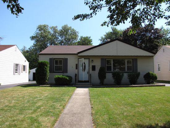 831 S Wisconsin Ave, Villa Park, IL 60181
