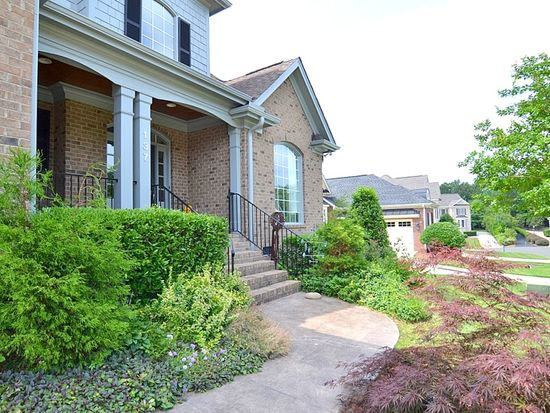 137 Edgewood Dr, Durham, NC 27713