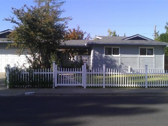 520 Coventry Ct, Vacaville, CA 95688