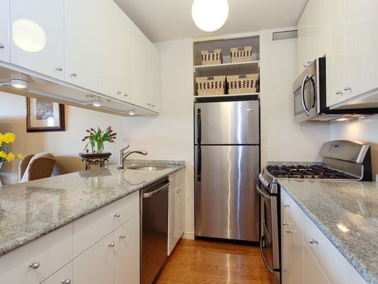 275 W 96th St APT 22F, New York, NY 10025