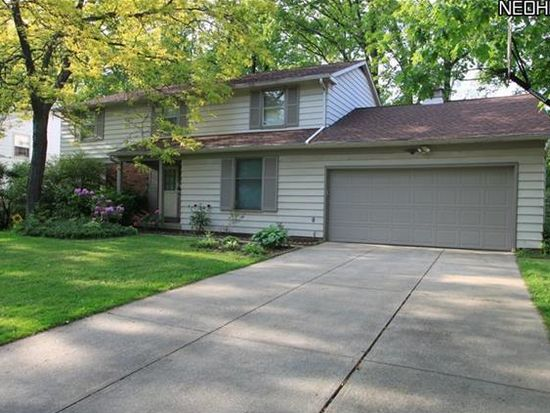5307 Meadow Wood Blvd, Lyndhurst, OH 44124
