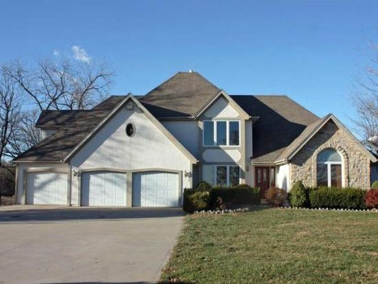 10401 Hutton Rd, Kansas City, KS 66109