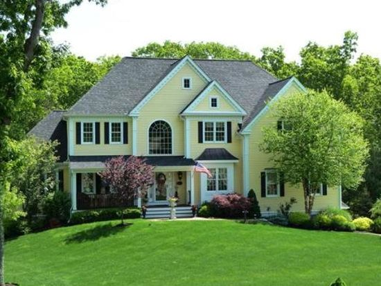 21 Olde Coach Rd, North Reading, MA 01864