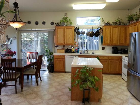 4 Firethorne Way, Watsonville, CA 95076