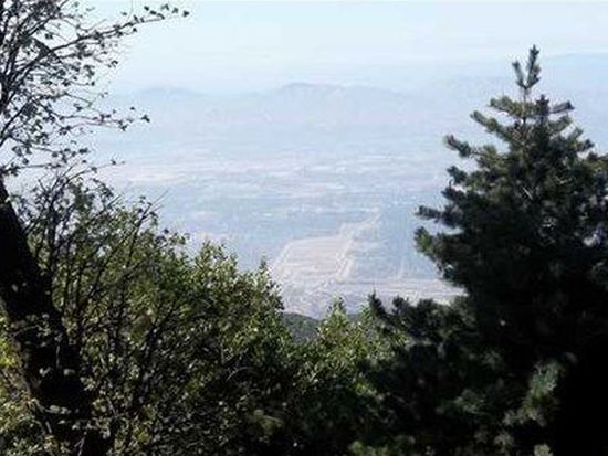 24243 Great View Dr, Crestline, CA 92325